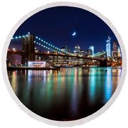 New York Skyline And Brooklyn Bridge With Crescent Moon Rising Round Beach Towel