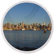 New York - Skyline Of New York Round Beach Towel