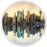 New York Skyline Sunset Round Beach Towel