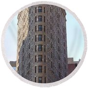 New York - The Flat Iron Building Round Beach Towel