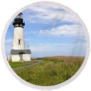Newport Oregon Yaquina Lighthouse Round Beach Towel