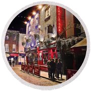 Nights In The Temple Bar Round Beach Towel