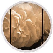 Non-stop Begonia Triptych Round Beach Towel