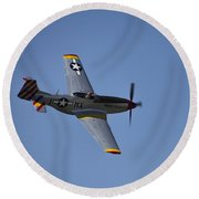 North American P-51d Mustang Round Beach Towel