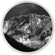 1m2616-bw-north Face Mt. Bonney  Round Beach Towel