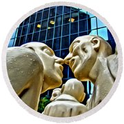 Nose To Nose In Montreal Round Beach Towel