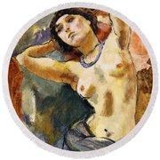 Nude Brunette With Blue Necklace Nu La Brune Au Collier Bleu Round Beach Towel
