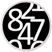 Numbers In Black And White Round Beach Towel