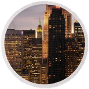 Nyc Midtown Golden Lights Round Beach Towel
