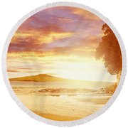 Nz Sunlight Round Beach Towel by Les Cunliffe