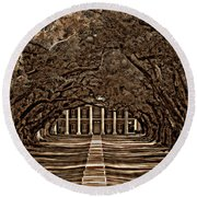 Oak Alley Bw Round Beach Towel