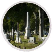 Obelisk And Headstones Round Beach Towel