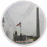 Obelsik And War Memorial Fountain Round Beach Towel