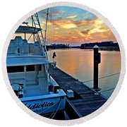 Ocean Addiction Sunset Round Beach Towel