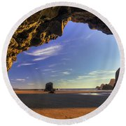 Oceanside Hideout Round Beach Towel