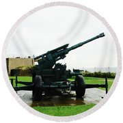 Oil Painting - Anti Aircraft Gun At Dover Castle Round Beach Towel