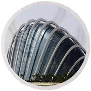 Oil Painting - One Of The Conservatories Of The Gardens By The Bay In Singapore Round Beach Towel