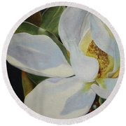 Oil Painting - Sydney's Magnolia Round Beach Towel
