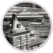 Old And New Tokyo Station Round Beach Towel