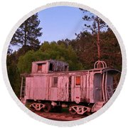 Old And Weathered Caboose Round Beach Towel