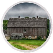Old Barn On A Stormy Day Round Beach Towel
