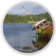 Old Boat In The Loch  Round Beach Towel