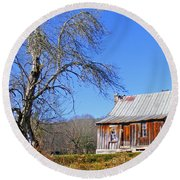 Old Cabin And Tree Round Beach Towel
