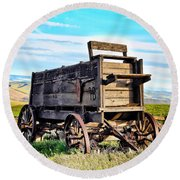 Old Covered Wagon Round Beach Towel