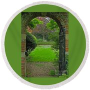 Old English Garden Round Beach Towel
