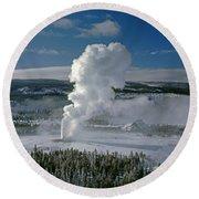 3m09133-01-old Faithful Geyser In Winter - V Round Beach Towel