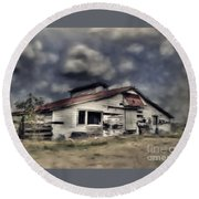 Old Farm Round Beach Towel