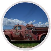 Old Fire Truck Round Beach Towel