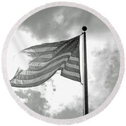 Old Glory Bw Round Beach Towel