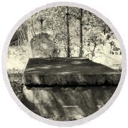 Old Grave Round Beach Towel