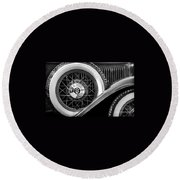 Old Jag In Black And White Round Beach Towel