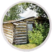 Old Log Homestead IIi Round Beach Towel