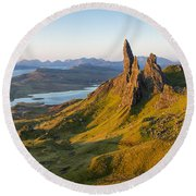 Old Man Of Storr - Pano Round Beach Towel