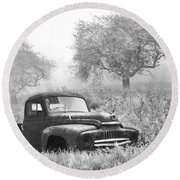 Old Pick Up Truck Round Beach Towel