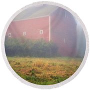 Old Red Barn In Fog Round Beach Towel