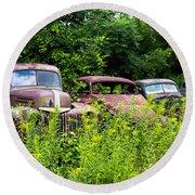 Old Rusty Cars Round Beach Towel