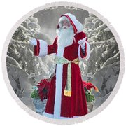 Old Saint Nick Round Beach Towel