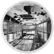 Old School Bus In Motion Bw Hdr Round Beach Towel