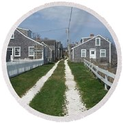 Old 'sconset Nantucket Houses Round Beach Towel