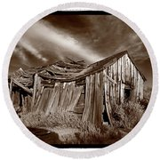 Old Shack Bodie Ghost Town Round Beach Towel