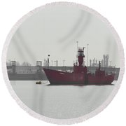 Old Ship Round Beach Towel