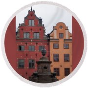 Old Town Architecture Round Beach Towel