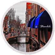 Old Town Delft Round Beach Towel