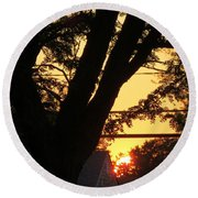 Old Tree And Sunset Round Beach Towel