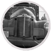 Old Truck Grill Round Beach Towel