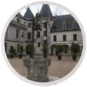 Old Well And Courtyard Chateau Chaumont Round Beach Towel